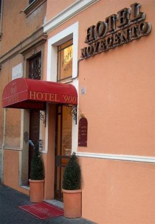 Hotel Novecento: Exterior