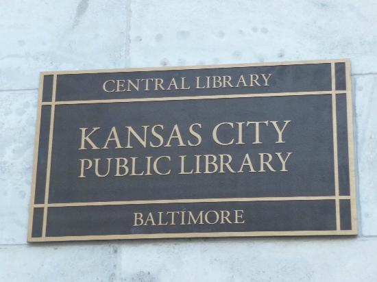 Kansas City Public Library: Plaque on the corner near entrance
