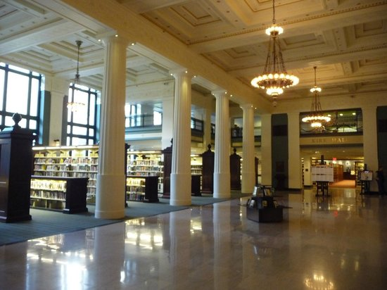 Kansas City, MO: The main hall as you enter the Library.