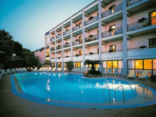 Grand Hotel Terme di Augusto : Exterior