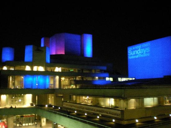 National Theatre: Beautiful at night