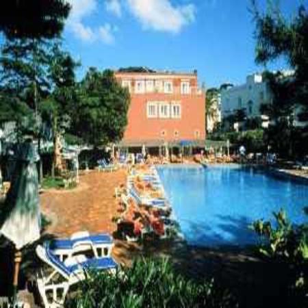 Palatium Hotel: The Hotel