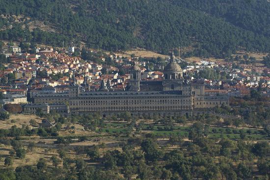 Monasterio y Sitio de San Lorenzo de El Escorial: El Escorial