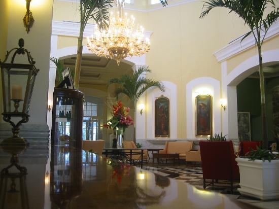 Quinta Real Villahermosa : Reception area