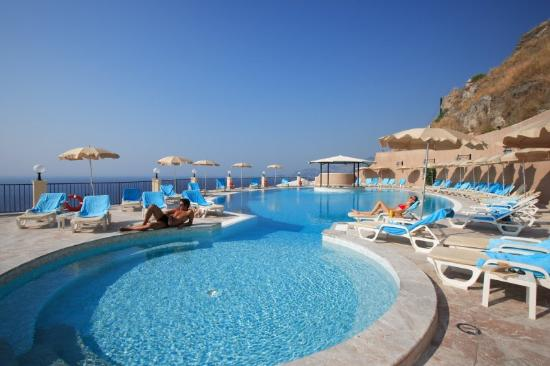 Sant' Alessio Siculo, Italy: Pool