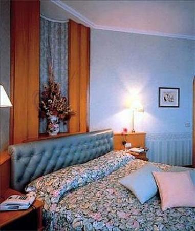 Hotel Al Sorriso: Guest Room