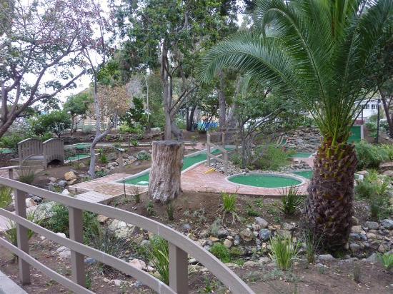 Golf Gardens Miniature Golf: Golf Gardens