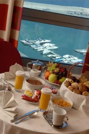 Monroe Hotel Beirut: Breakfast