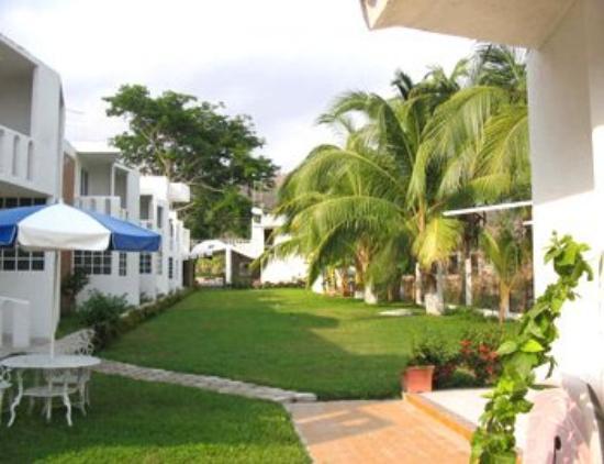 Best Night La Laguna Hotel