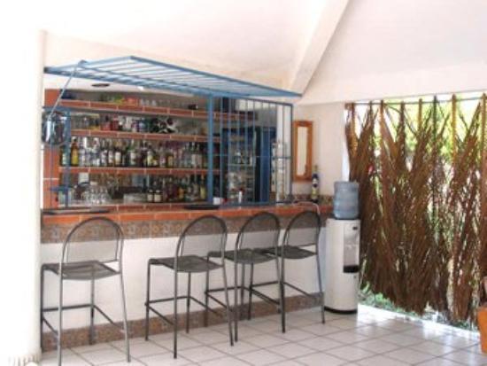 Best Night La Laguna Hotel: Bar