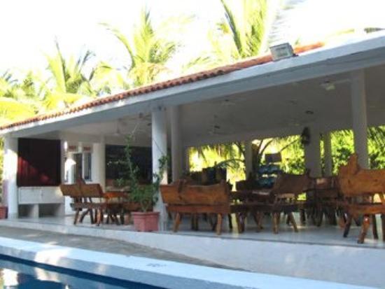 Best Night La Laguna Hotel: View Of Restaurant