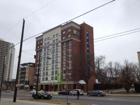 Holiday Inn Express & Suites London Downtown : The view from Dundas