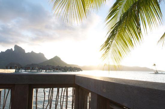 Four Seasons Resort Bora Bora: Close to sunset at one of the resort's restaurants