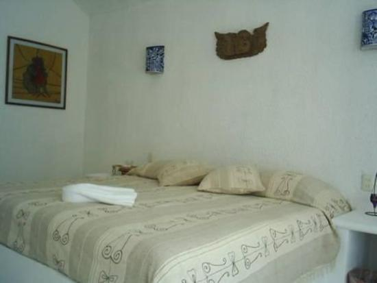 La Casa de los Angeles: GUEST ROOM