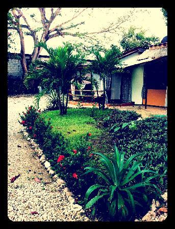 Apartamentos Karmen: Peaceful Garden