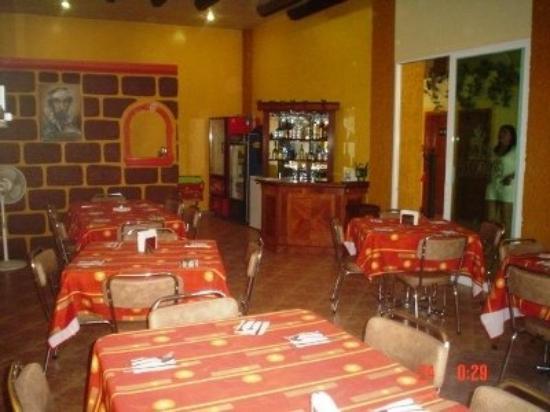 Hotel Suites De Reyes: Restaurant