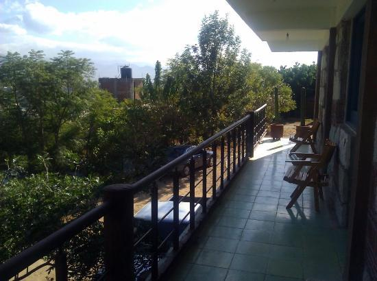La Villada Inn : The common balcony