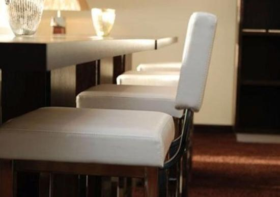 Quality Hotel Alexandra: Bar-Lounge -OpenTravel Alliance - Bar-Lounge-