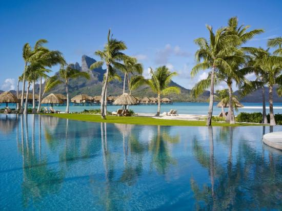 Four Seasons Resort Bora Bora: BORPool
