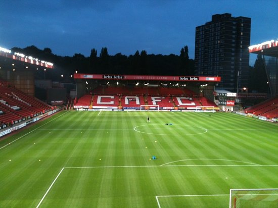 Charlton Athletic Football Club : the valley