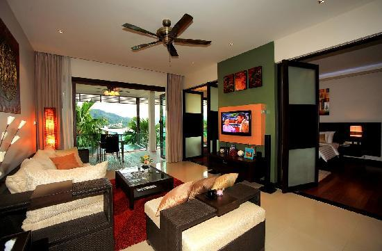 Wyndham Sea Pearl Resort Phuket: Suites: spacious modern luxury