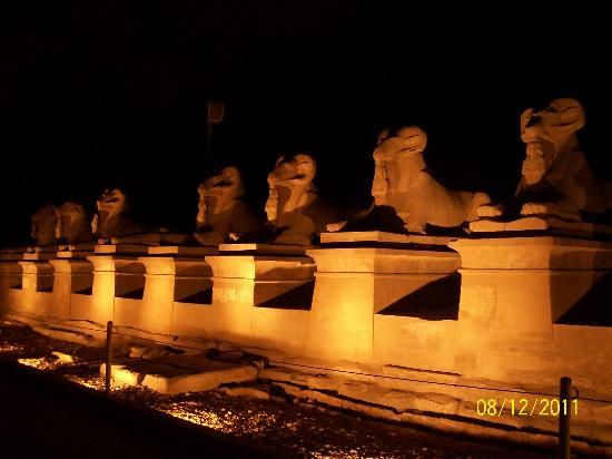 Luxor Sound and Light Show: sphinxes at the entrance of the temples in the show