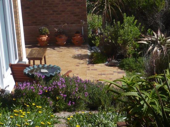 De Kelders B&B: Der Garten