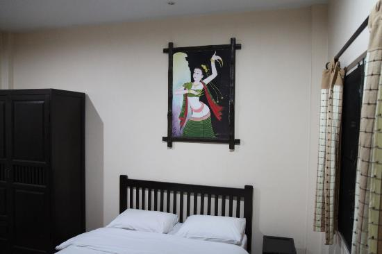 Baan Nam Sai Hotel: Artwork