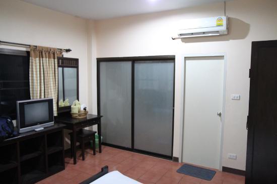 Baan Nam Sai Hotel: Room