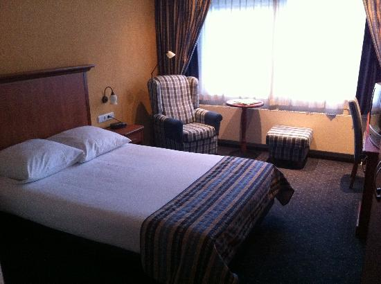Hotel Herbergh Amsterdam Airport: Das Zimmer