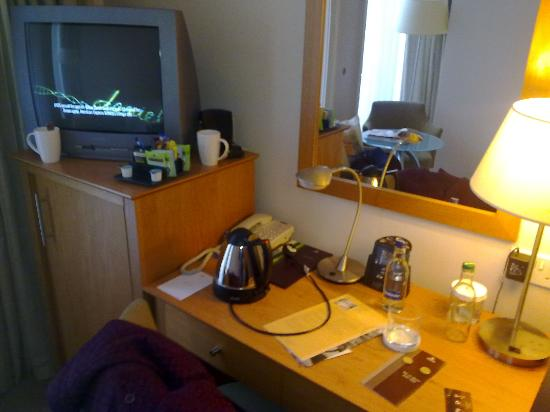 Hilton London Euston: Desk and fridge
