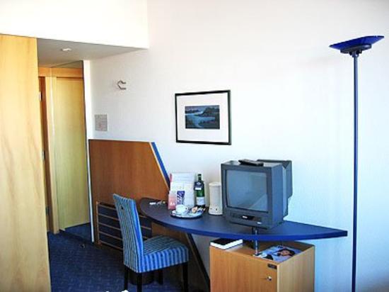 Carat Hotel Erfurt: Guest Room