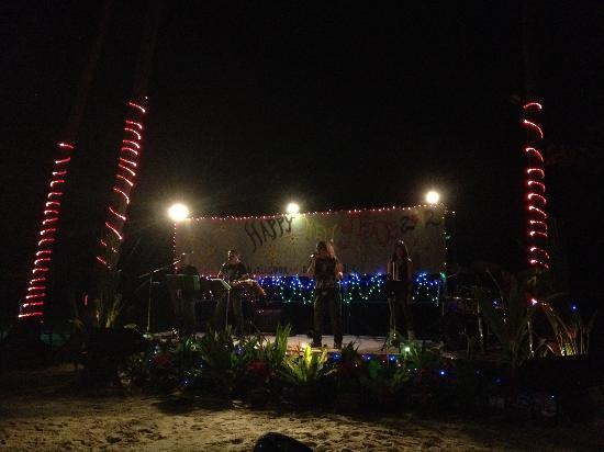 Blue Lagoon Hotel: House Band on the Beach
