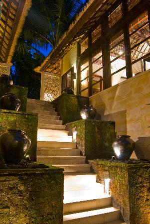 Villa Devatas: detail