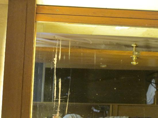 Mentari Sanur Hotel: Badezimmer