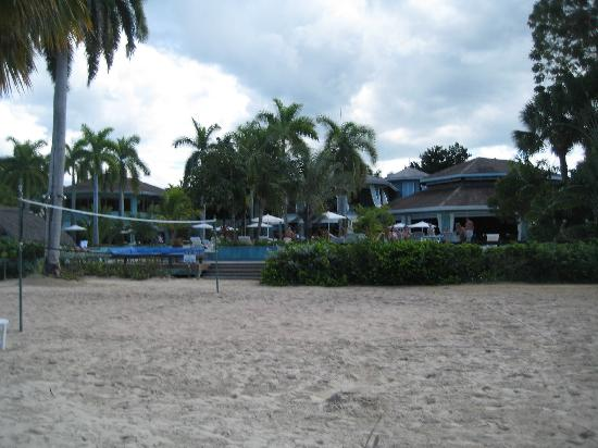 Couples Negril: View from beach back towards couples