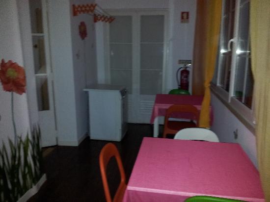Lisboa Central Hostel: Dinner room 2