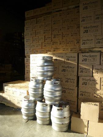 Mayflower Brewing Company: casks!
