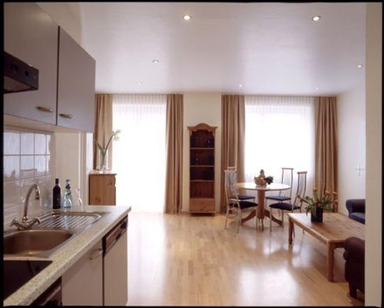 Select Falk Suite Hotel: suite