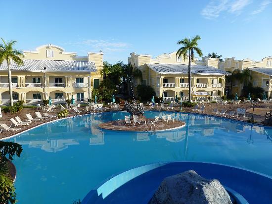 Piscine picture of telamar resort tela tripadvisor for Villas telamar