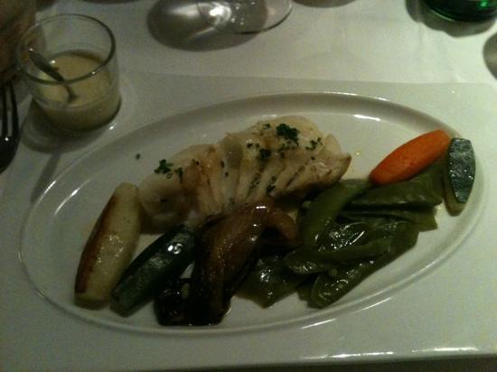 Le 6 Bis Restaurant : pavé de cabillaud et ses bons légumes