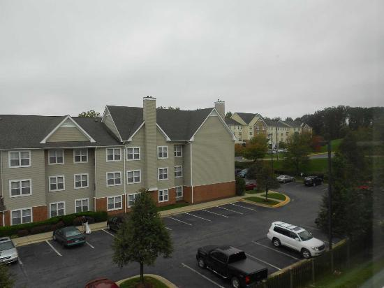 Microtel Inn & Suites by Wyndham BWI Airport Baltimore: Vista desde la habitación