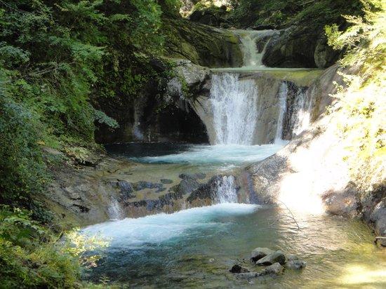 Yamanashi, ญี่ปุ่น: 最後のみどころ後段の滝