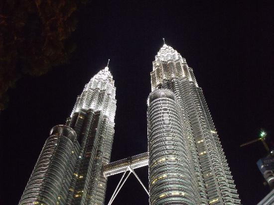 Q Hotel: Majestic Petronas Towers