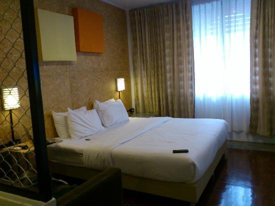 Baan Saladaeng: room