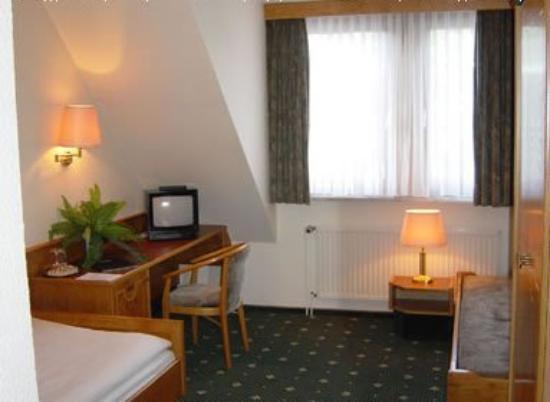 Hotel Simonshof: Guest room
