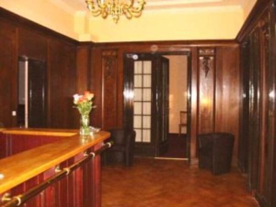 Hotel Aster: Lobby