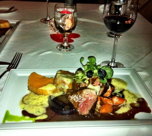 Bogners of Penticton: chateaubriand