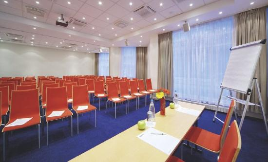 Park Inn by Radisson : Meeting Room
