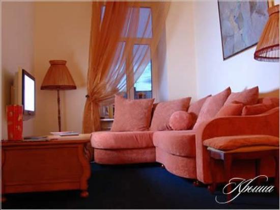 Hotel Krisha: Guest Room